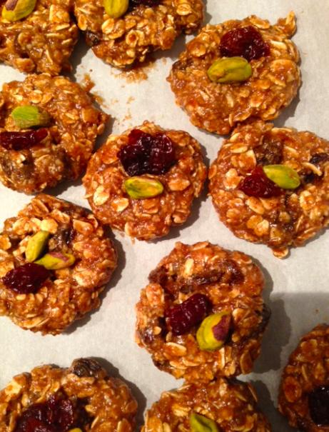 VGF: pistachio cherry oatmeal raisin cookie